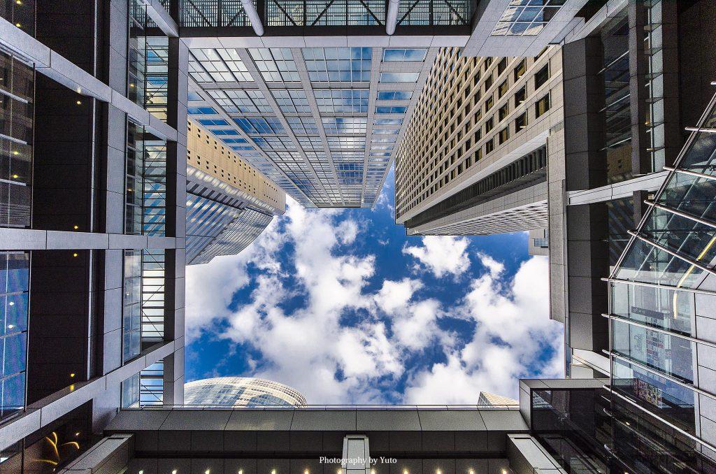 FE 12-24mm F4 G 都市風景を撮るのに最適な超広角レンズ