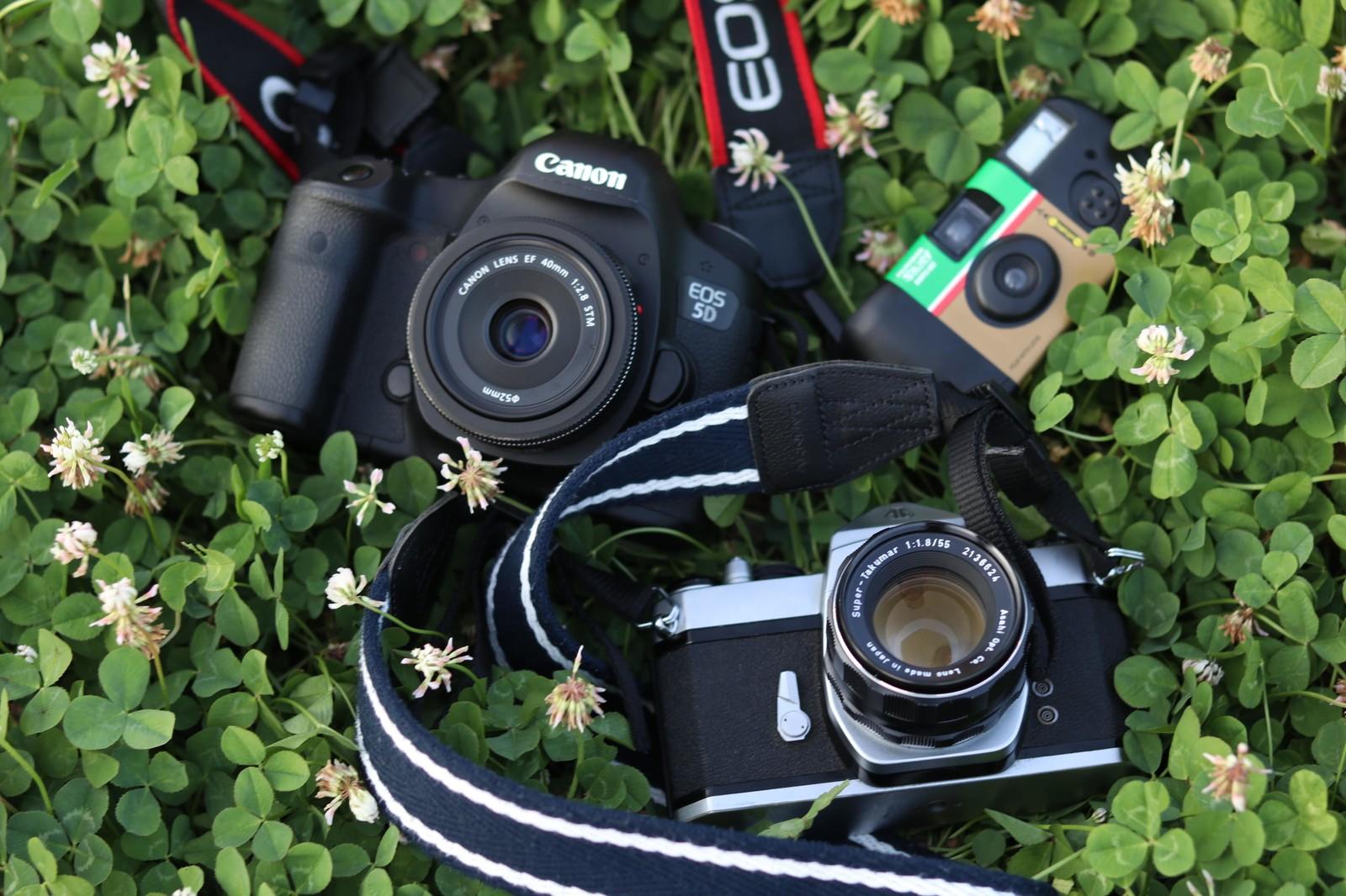 【初心者向け】はじめてのカメラの選び方と揃えておきたいバッグやフィルターなどグッズ一覧